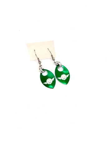 Split Infinity Star Wars Scale Earrings - Green Yoda