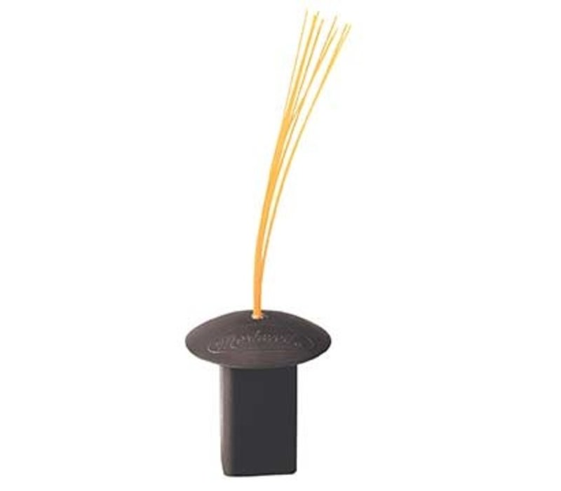 Black Base Plug W/Orange Bristles