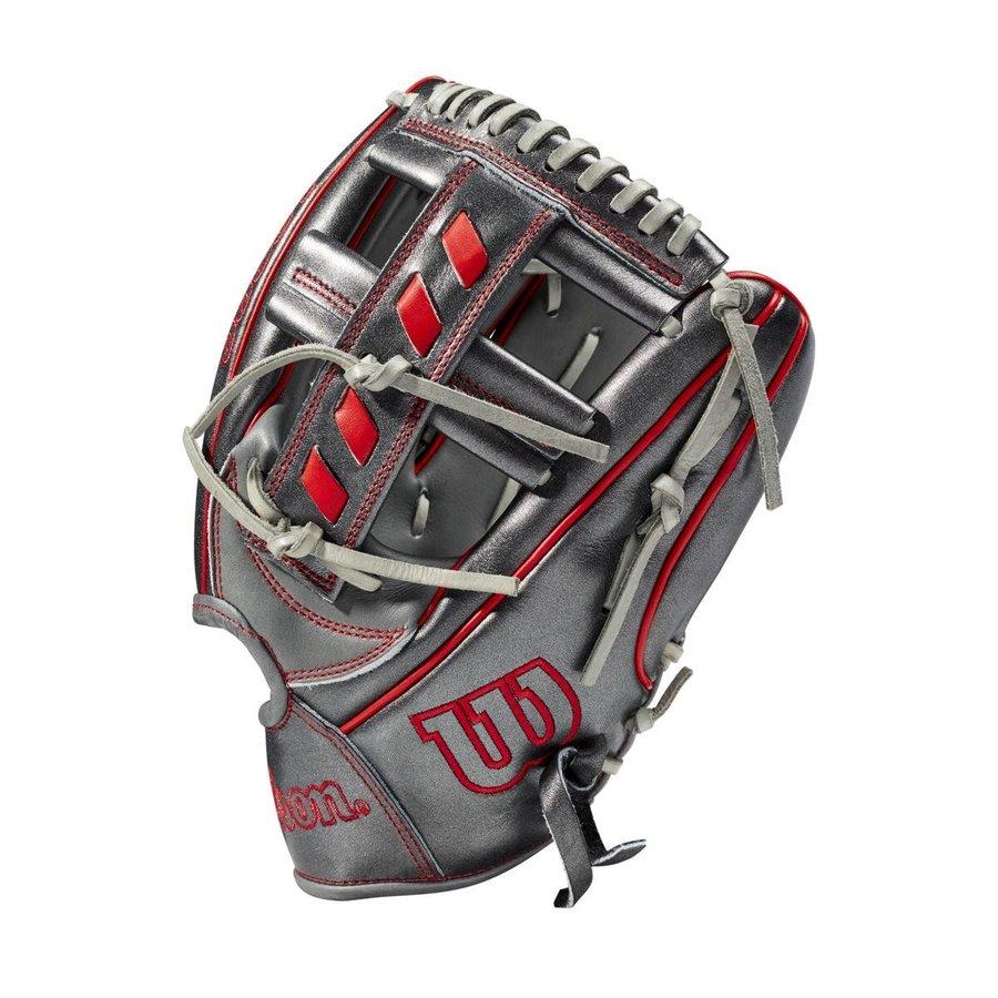 """Wilson 2020 A2000 GOTM November 2020 11.5"""" Infield Baseball Glove"""
