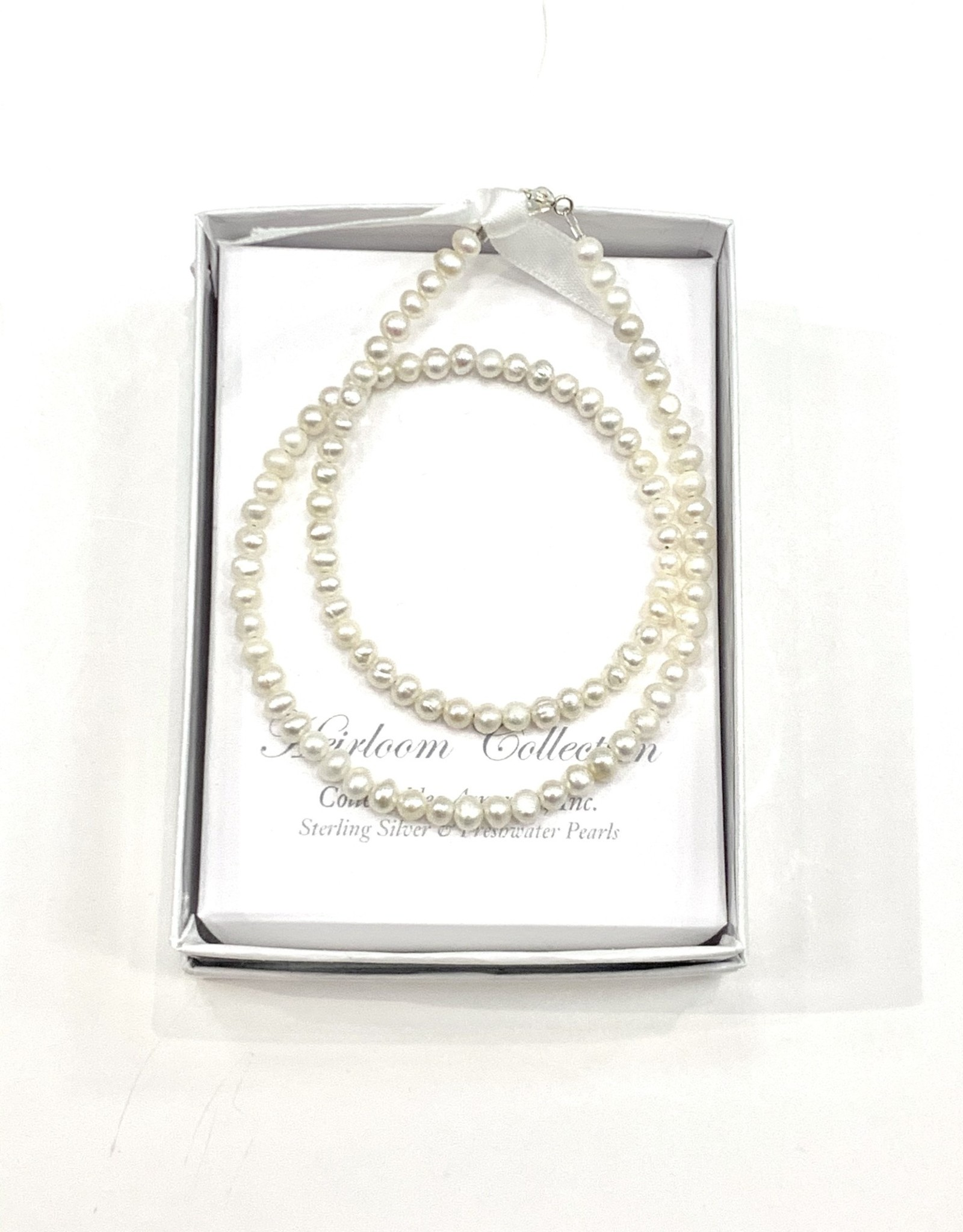 "Collectables 14"" Fresh Water Pearl Necklace"