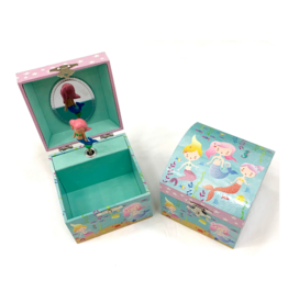 Floss & Rock Small Chest Jewelry Box