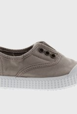 Victoria Grey Shoe Style 10667