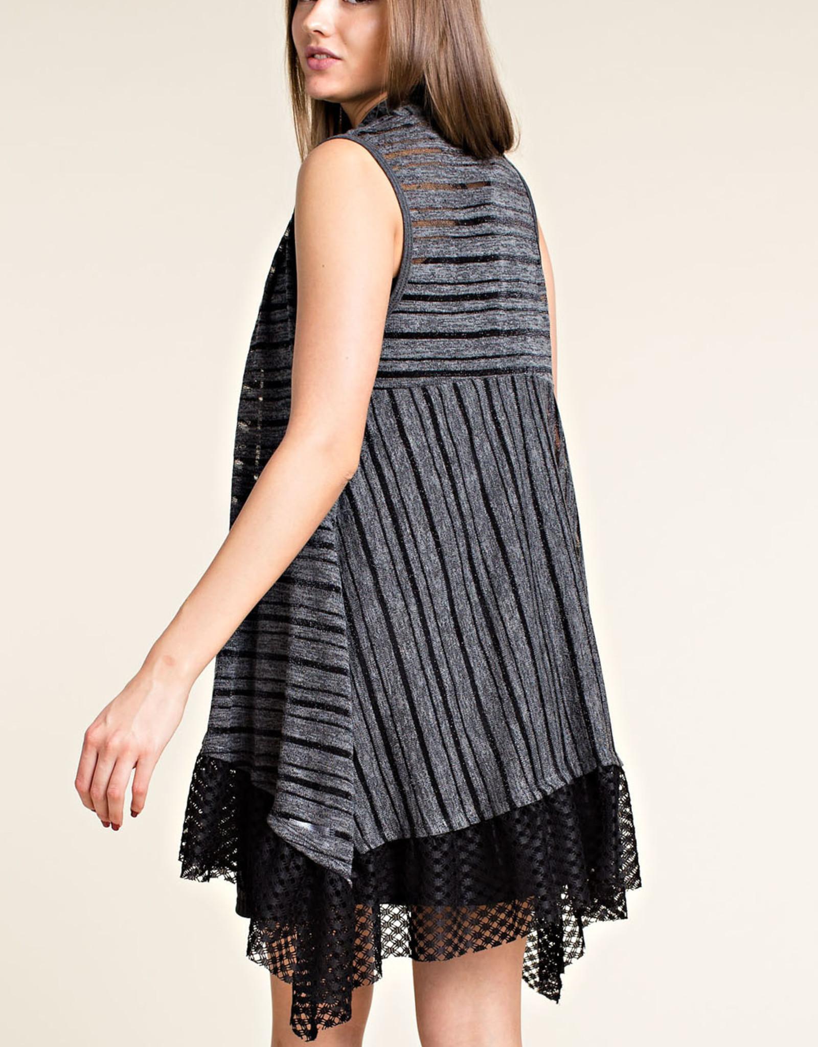 6104 Charcoal vest wLace