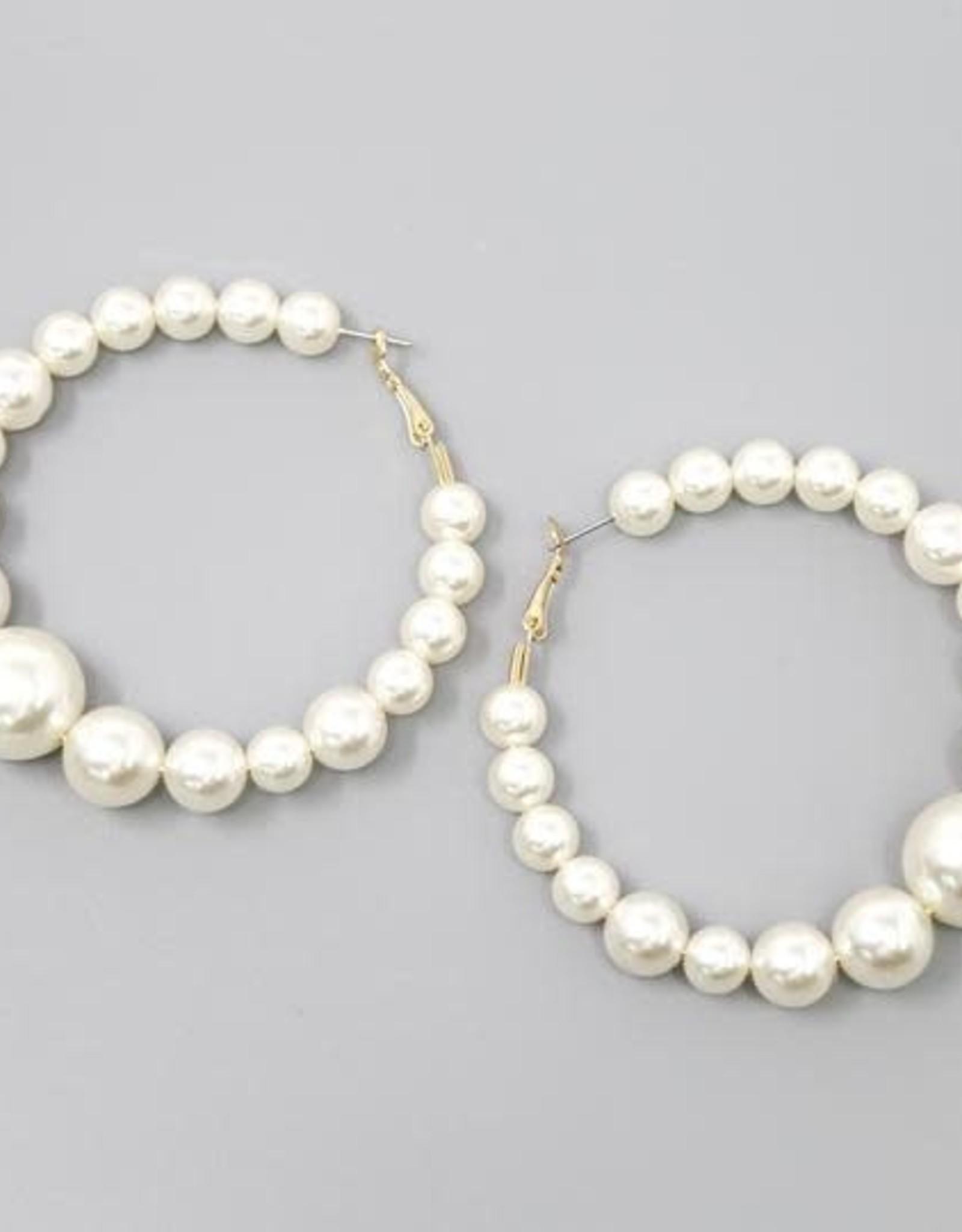 Gradual Pearl Hoop Earrings