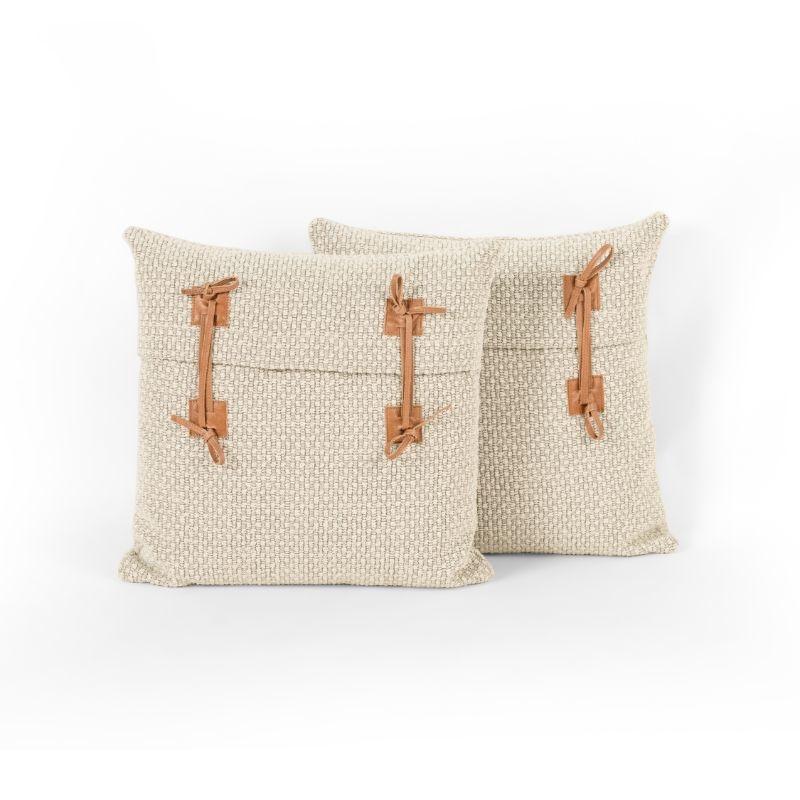 Jace Pillow Set