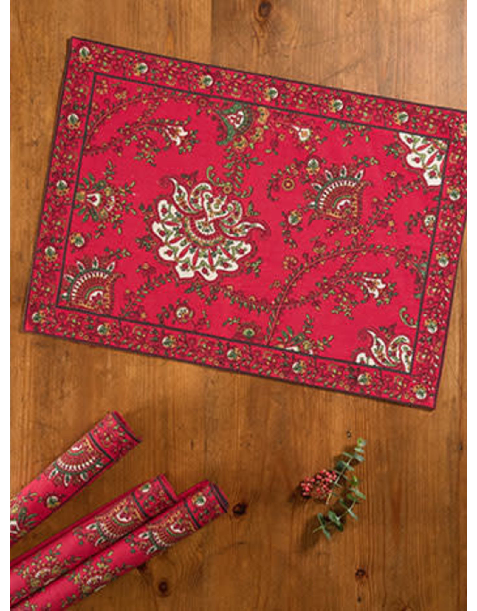 April Cornell Placemat (empress paisley red)  | April Cornell