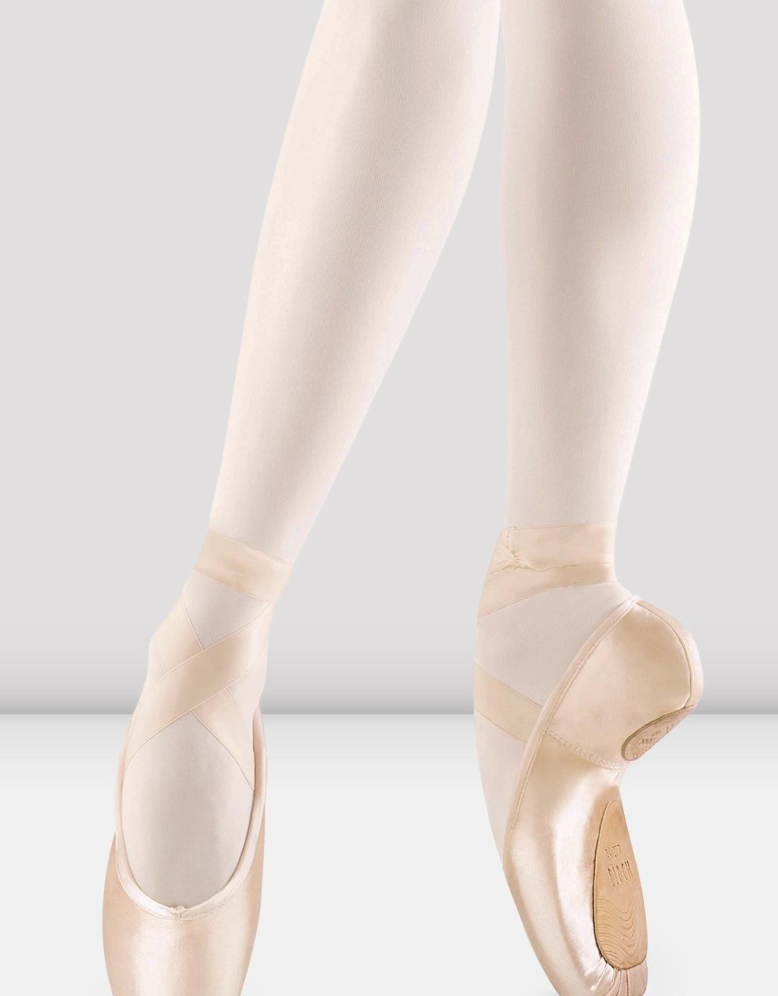 Bloch Bloch Axiom stretch Pointe Shoe S0177L
