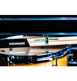 Promark Promark Classic Natural Hickory 5B Nylon Tip Drum Sticks