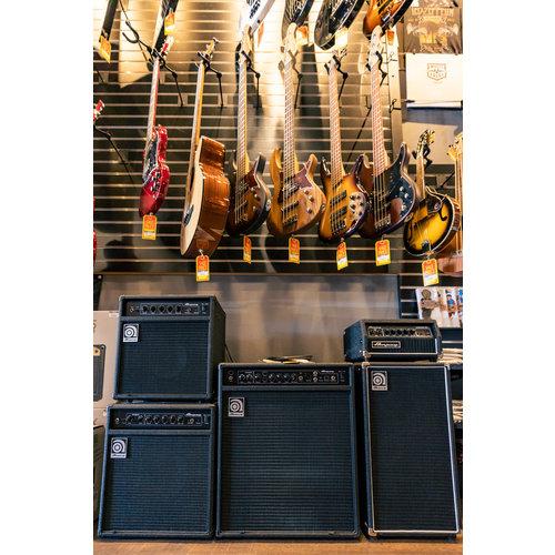 AMPEG Ampeg 150 Watt 1x15 Bass Amp