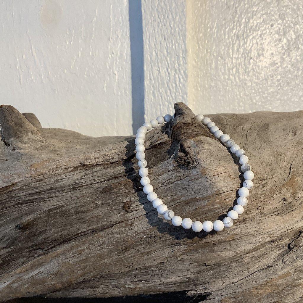 Howlite Bracelet 4mm