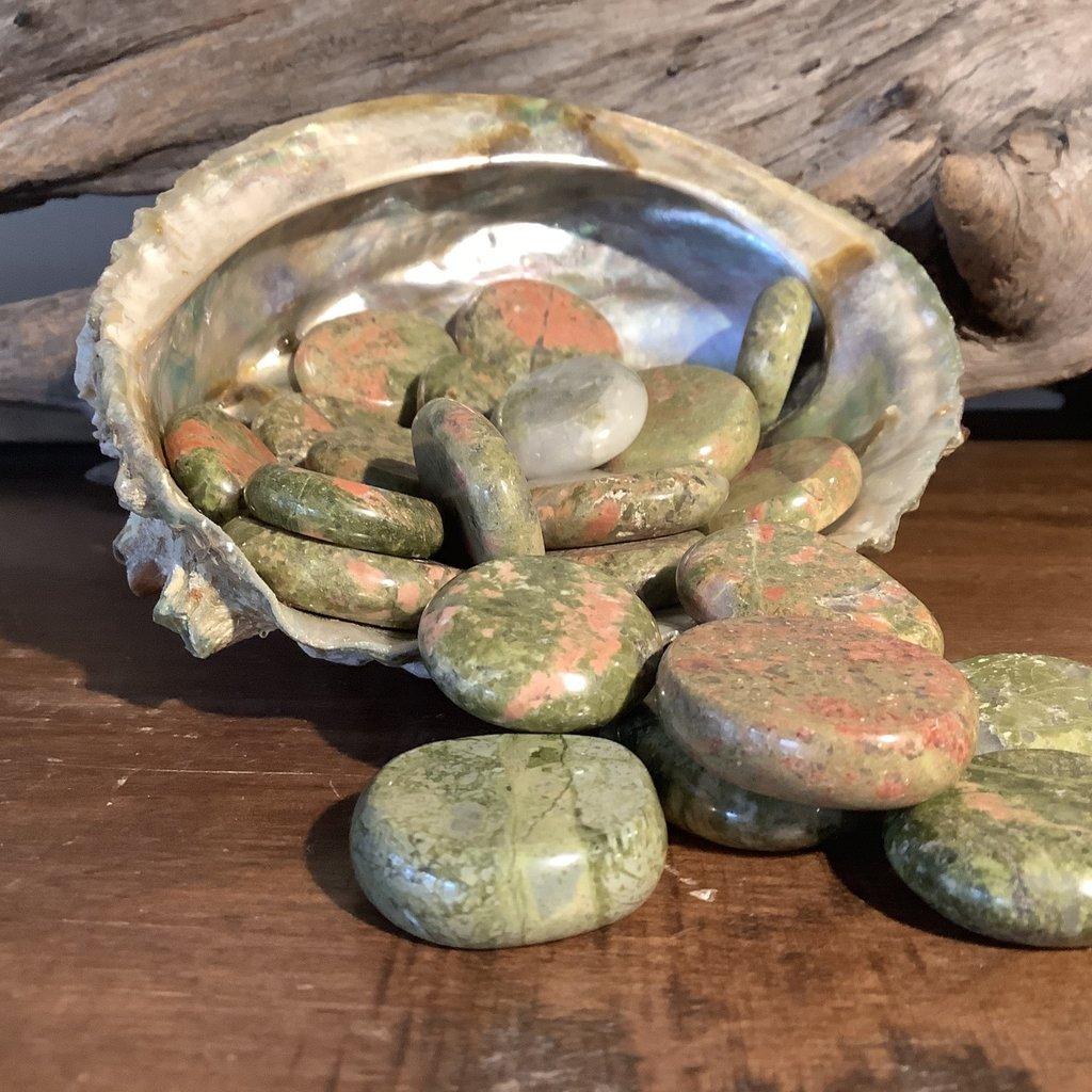 Ukanite Mini Palm Stone