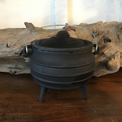 Cauldron Cast Iron Large