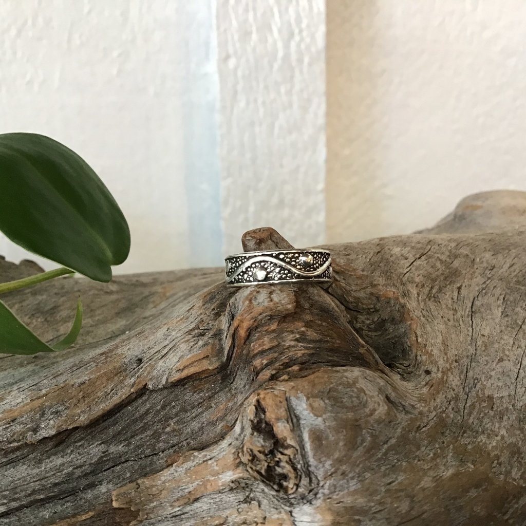Wave Toe Ring