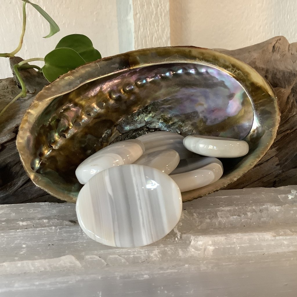 Banded Agate Thumb Stone