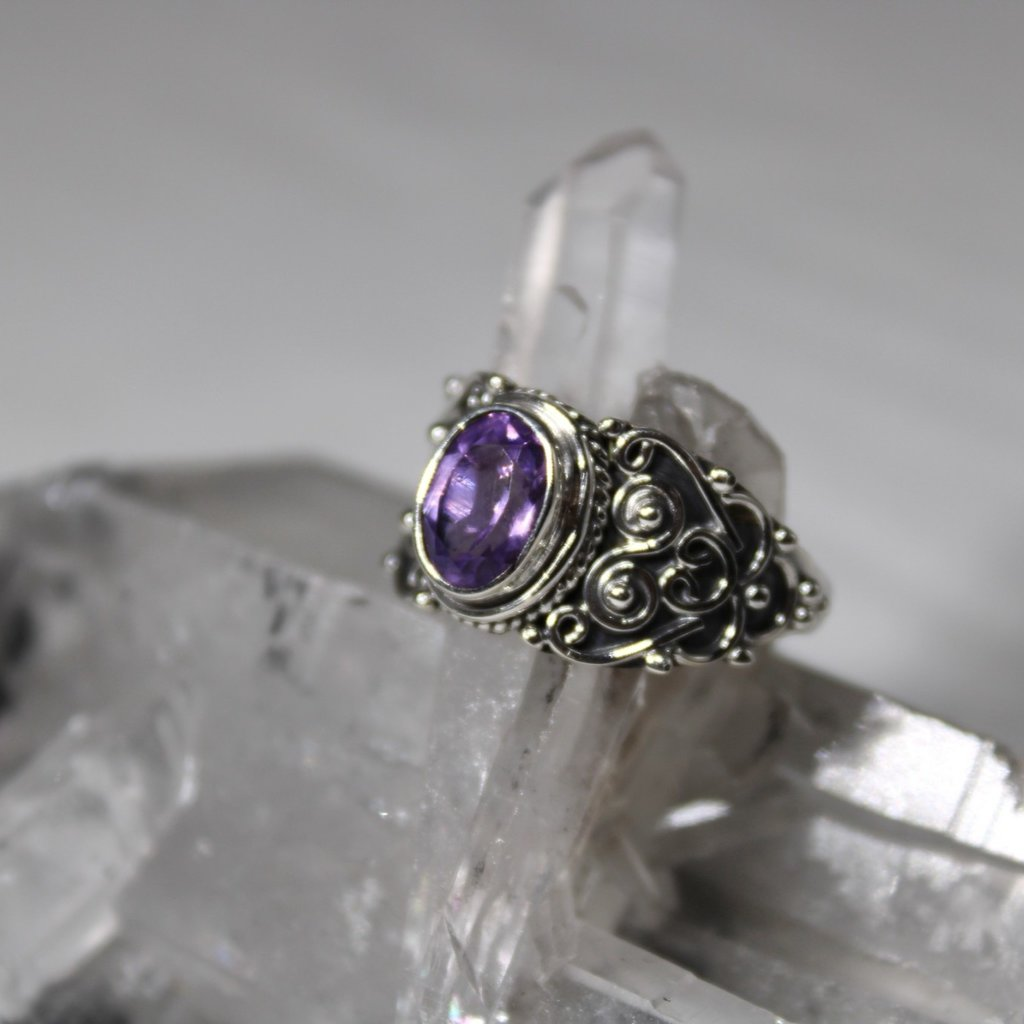 Amethyst Antique Wide Band Silver Ring Size 7
