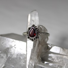 Garnet Tear Drop Silver Ring Size 6