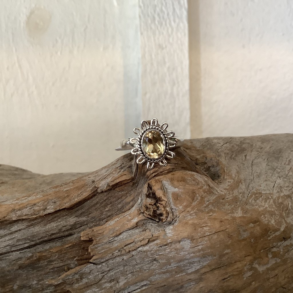 Citrine Flower Silver Ring Size 8