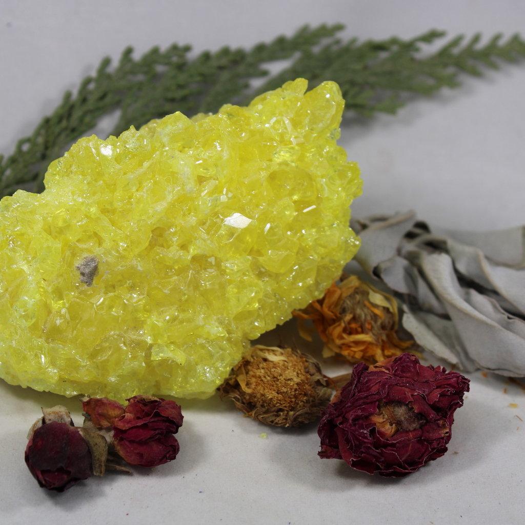 Sulphur Raw Crystaline