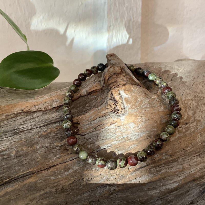 Dragon Stone Bracelet 4 mm