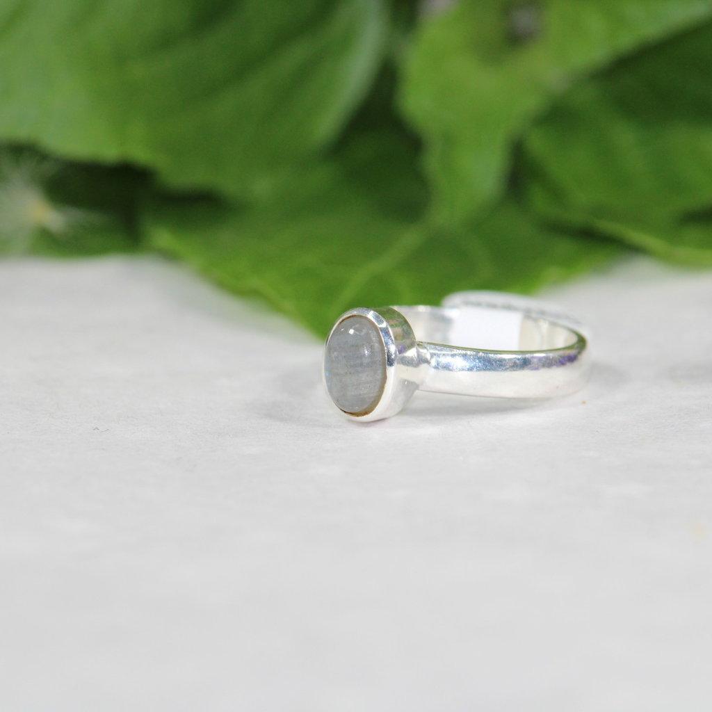 Labradorite Silver Ring size 6