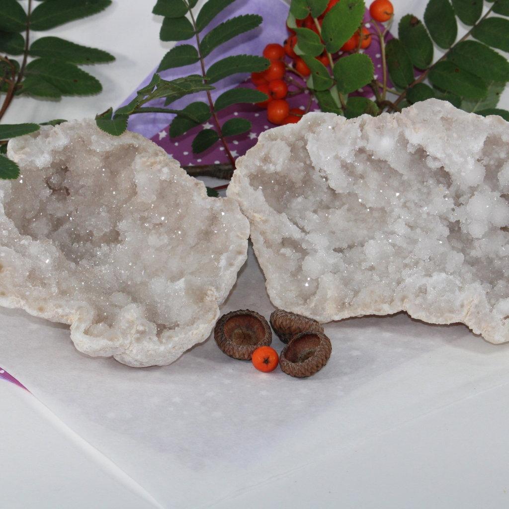 Quartz Half Geode