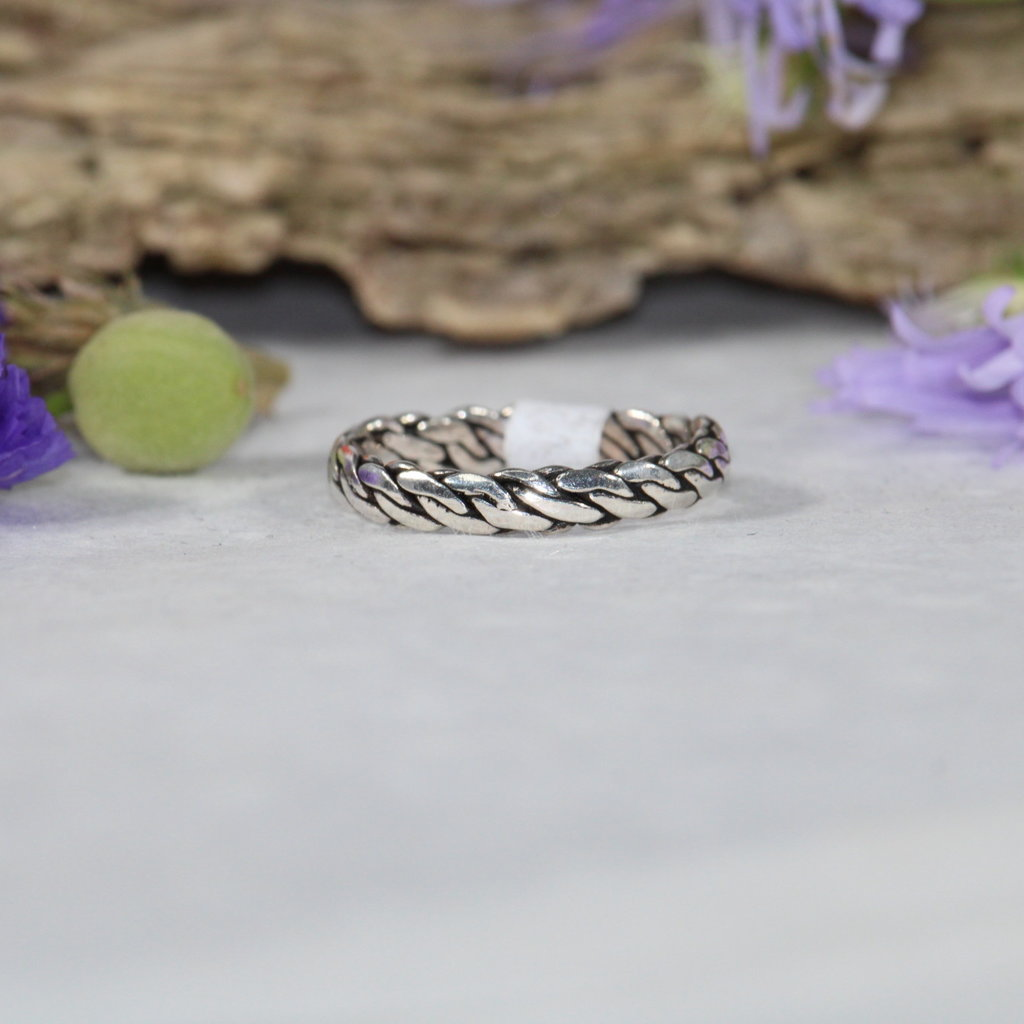 Twisted Chain Silver Ring sz 7