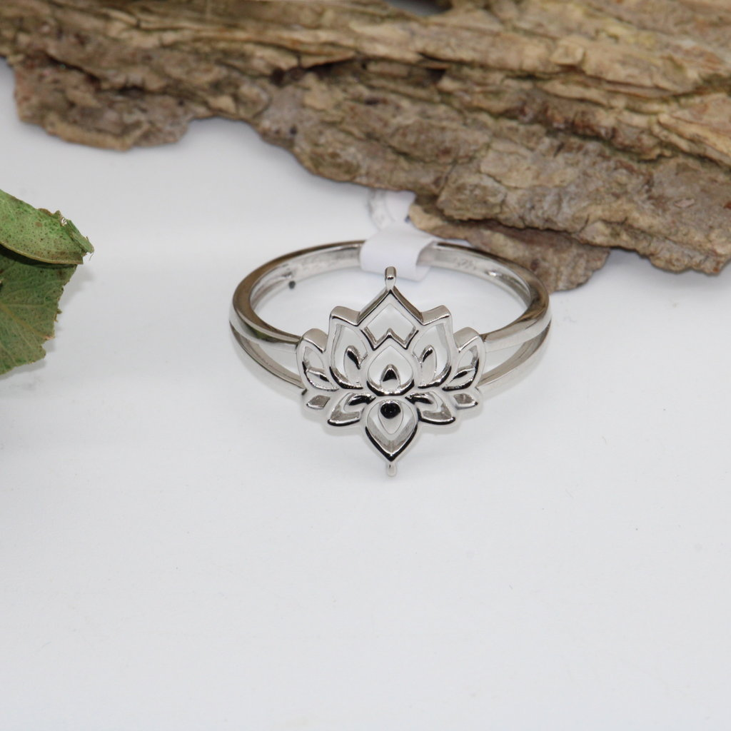 Lotus Silver Ring Size 4