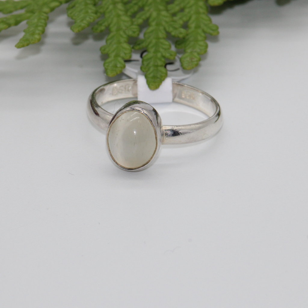 Moonstone Oval Silver Ring Size 6