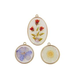 Nature Lover: Epoxy Charms