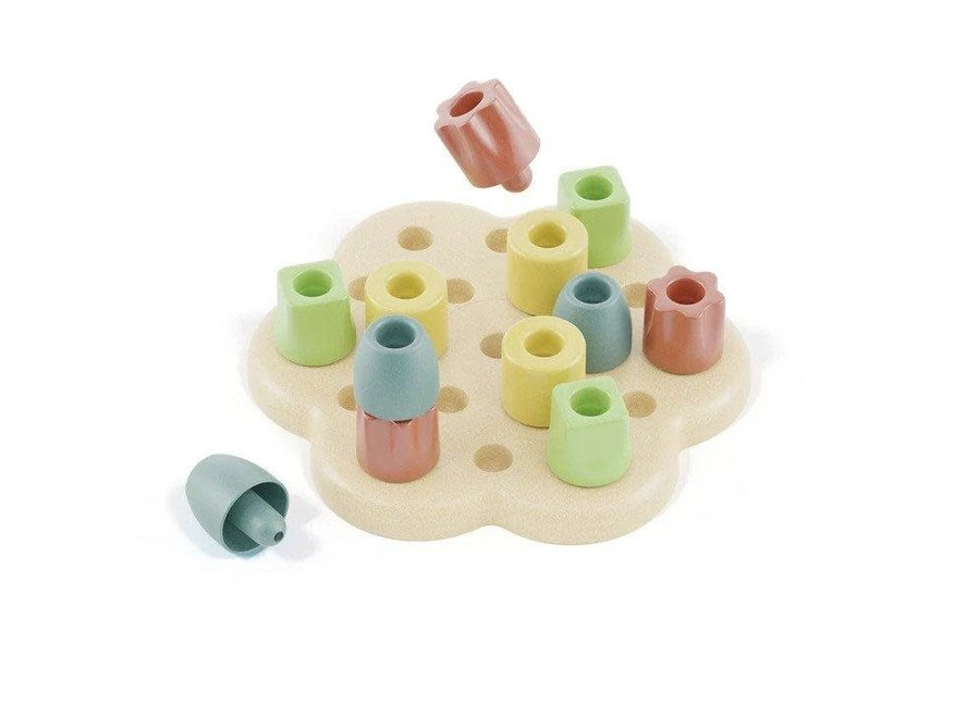 Chunky Bio Plastic Peg Board