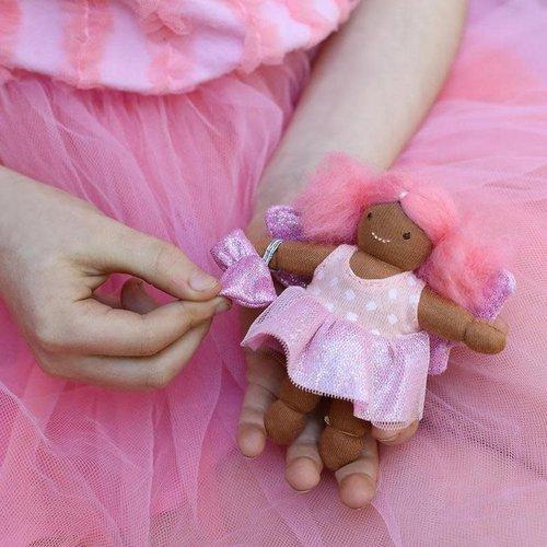 Olliella Holdie Folk Fairy - Tulip