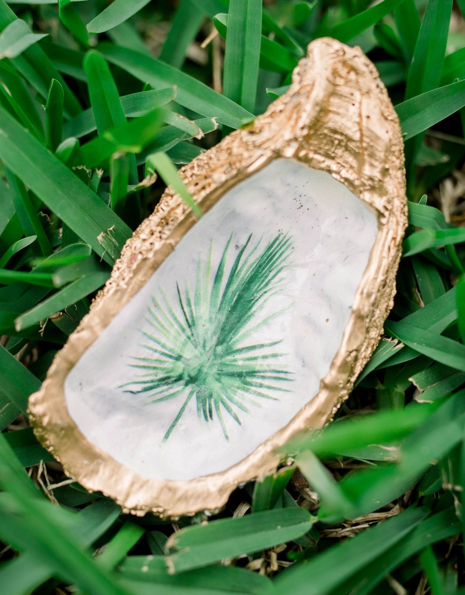 Kcrook Designs Green Palmetto Frond Oyster Shell Dish