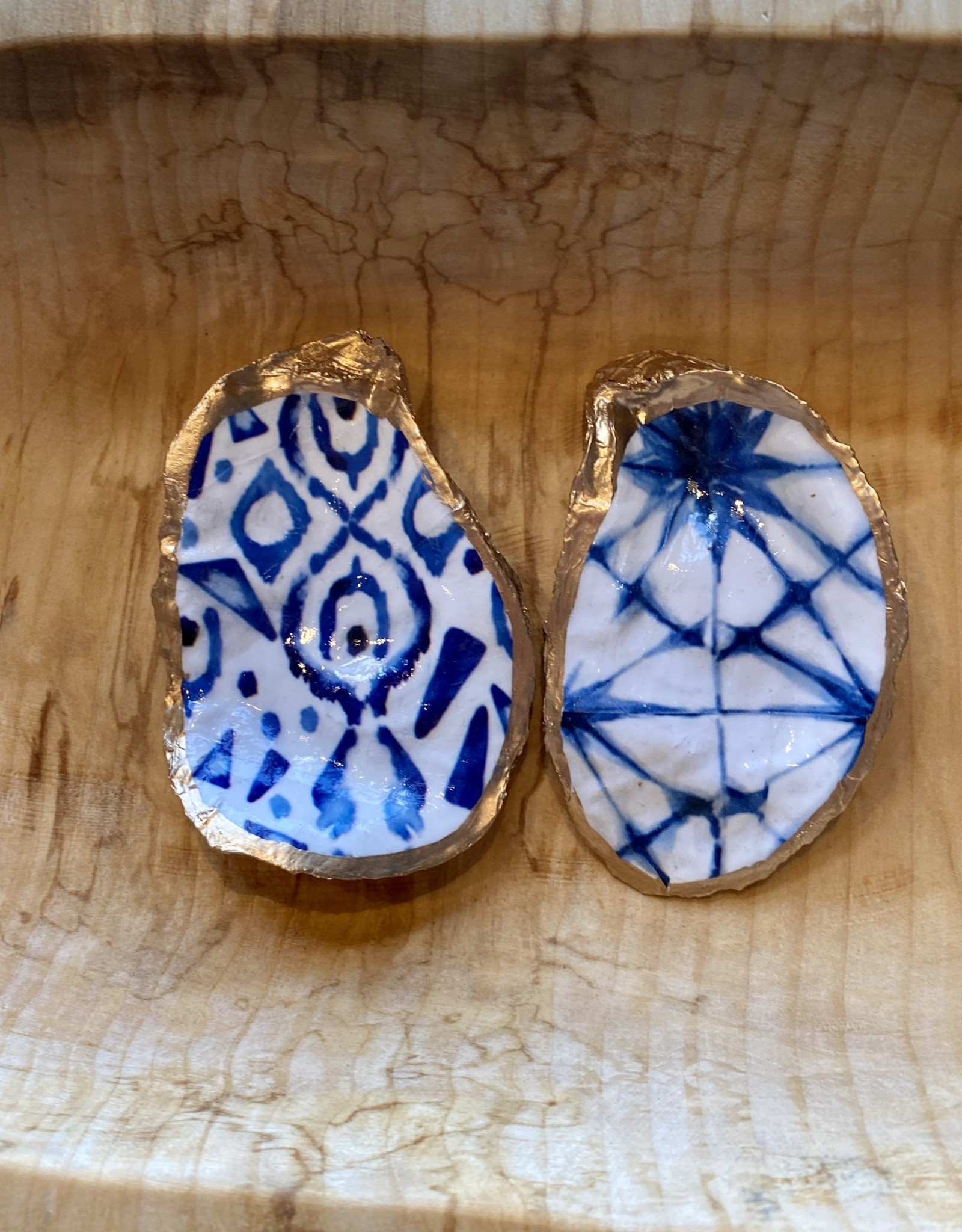 Kcrook Designs Blue/White Geometric Oyster Shell