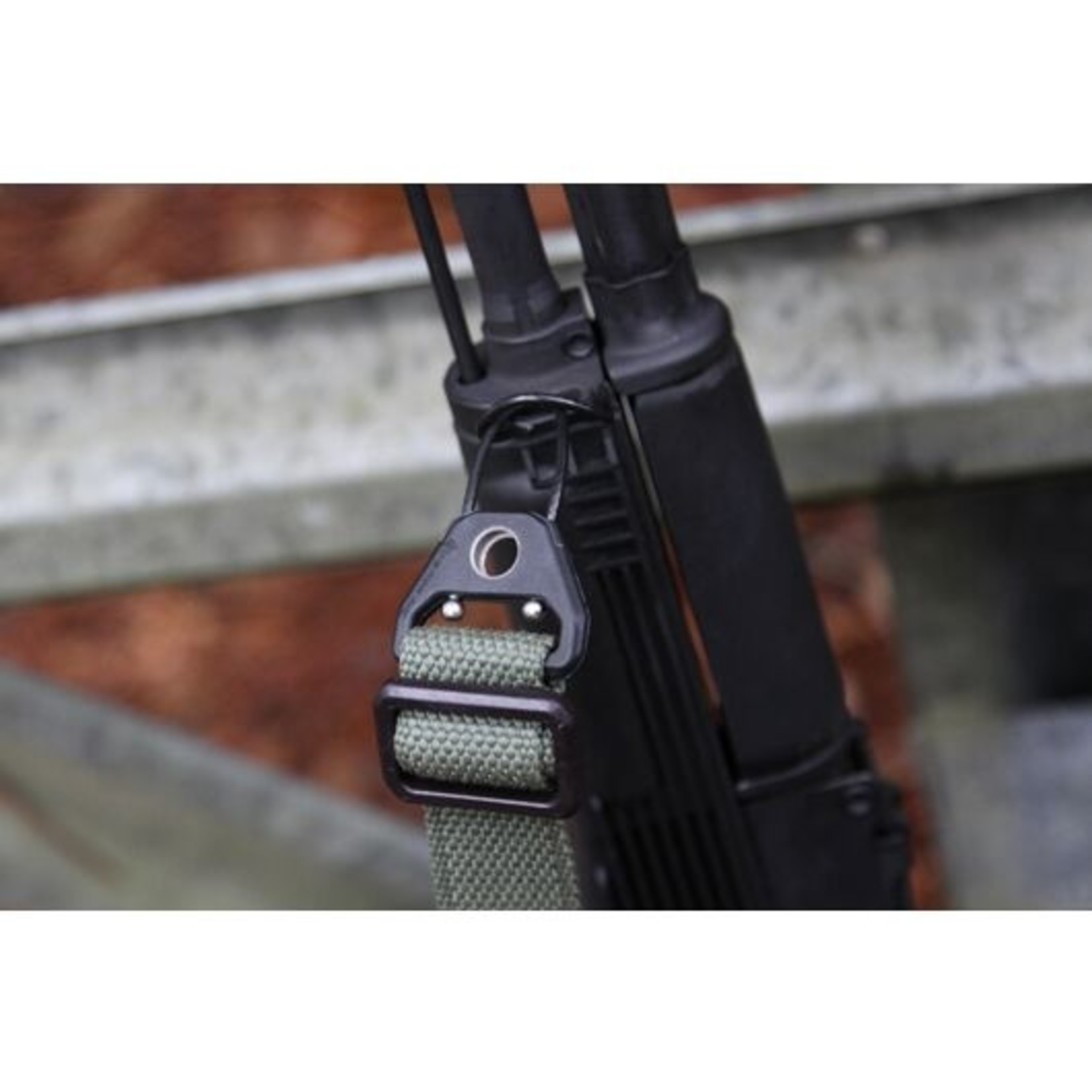 BLUE FORCE GEAR MOLDED UNIVERSAL WIRE LOOP WITH QD SOCKET