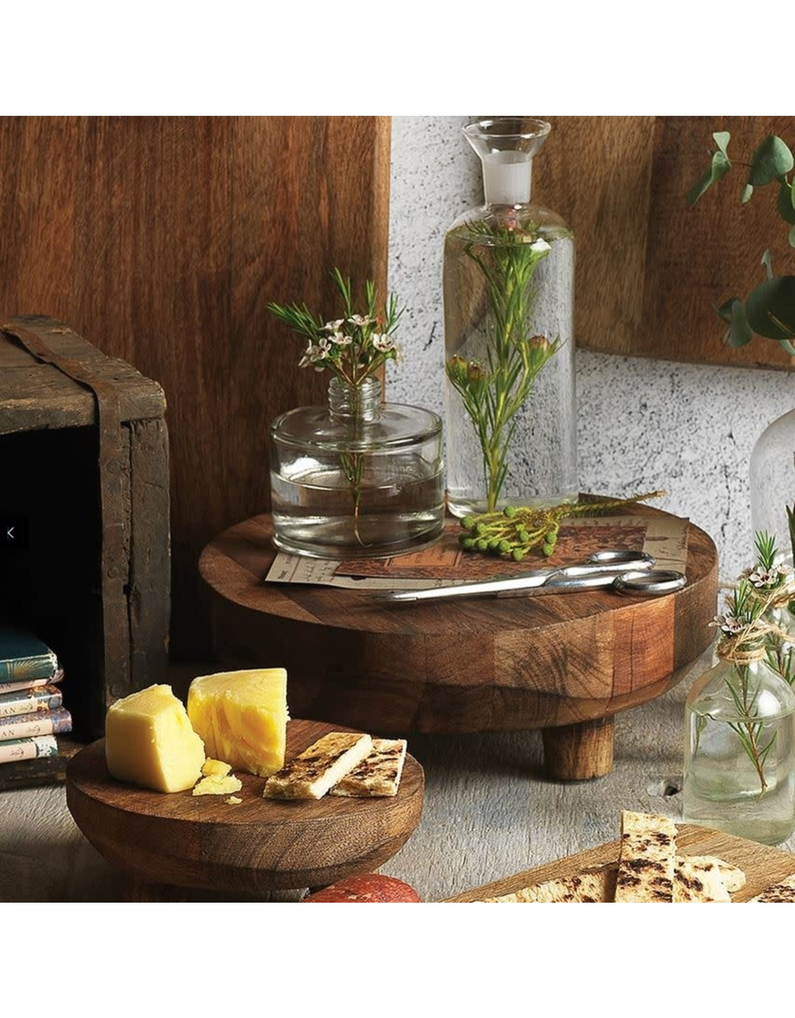 Ecology Mason Footed Serving Stand 25cm