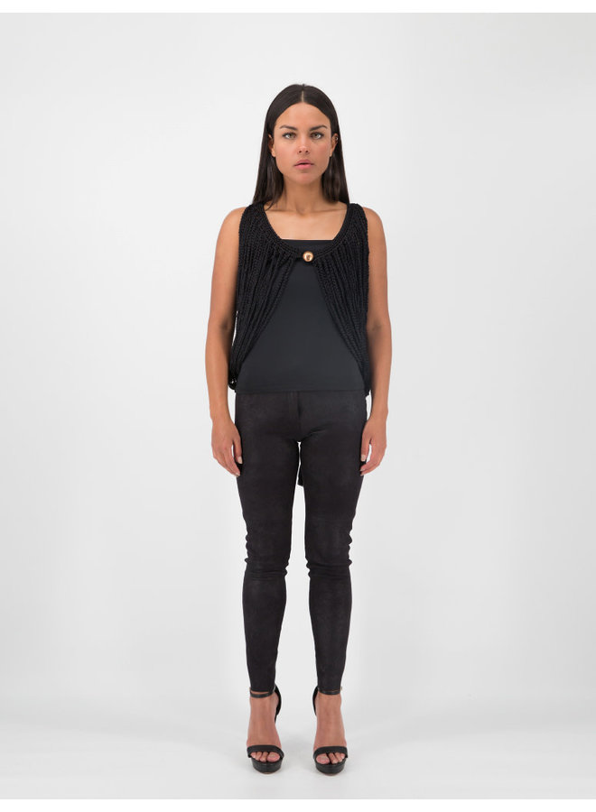 Arana Vest in Black