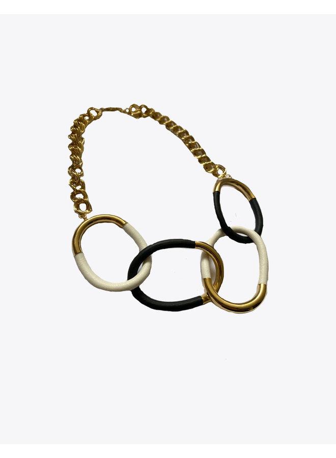 Kramera Necklace