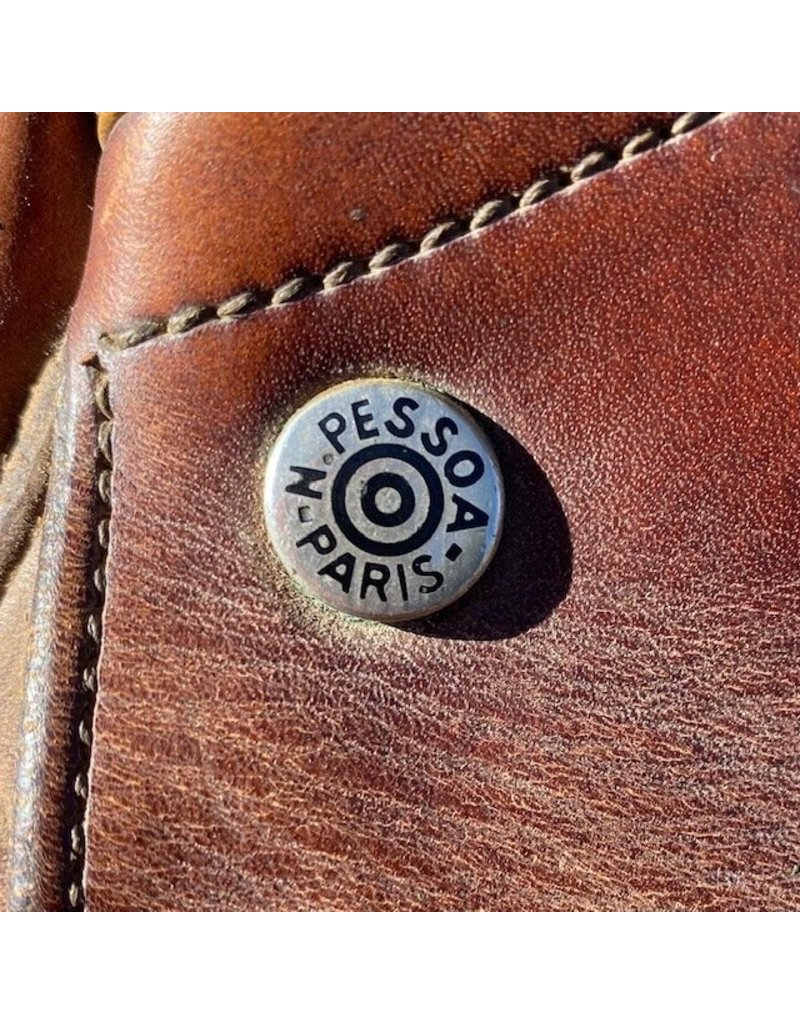 "Nelson Pessoa Close Contact 16.5"" Seat Wide Tree"