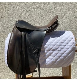 """County Traditional Dressage Saddle 16.5"""" Seat MED Tree"""
