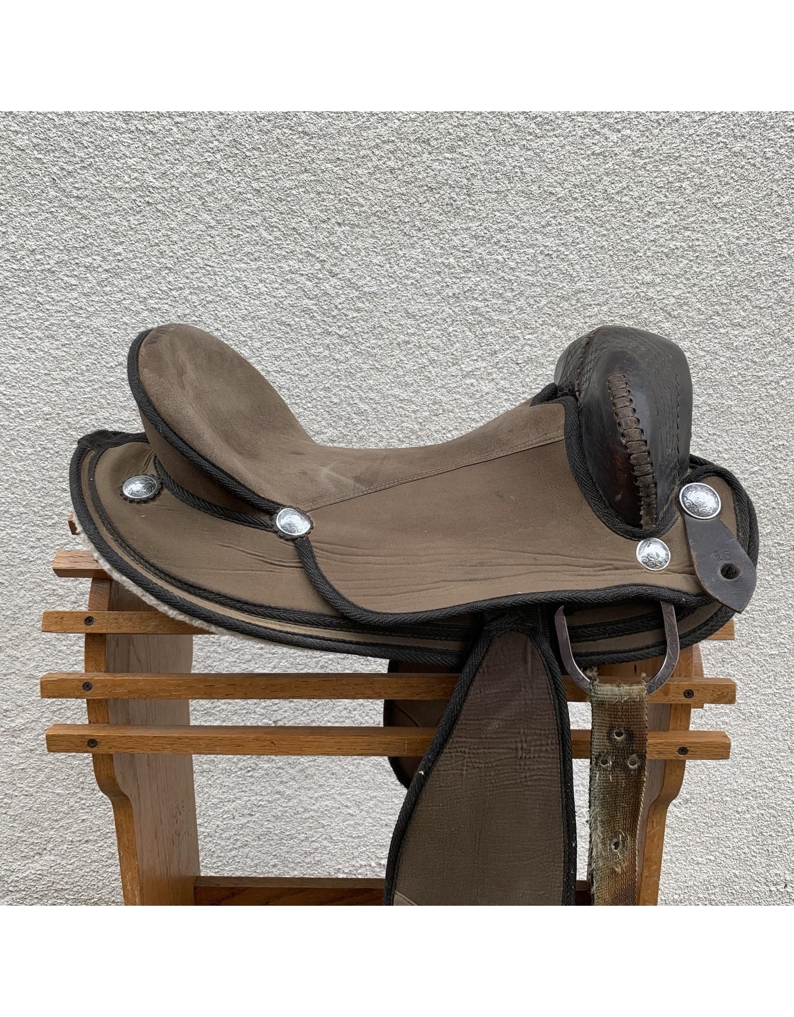 "Synthetic Endurance Saddle by Bridle Pro Brazil 16"" Full Quarter Horse Bars"