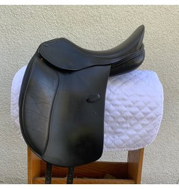 """Rivella Dressage Saddle by HDR 17.5"""" Wide"""