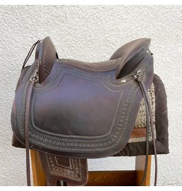 Peruvian Saddle with Wool Pad and Tapaderos