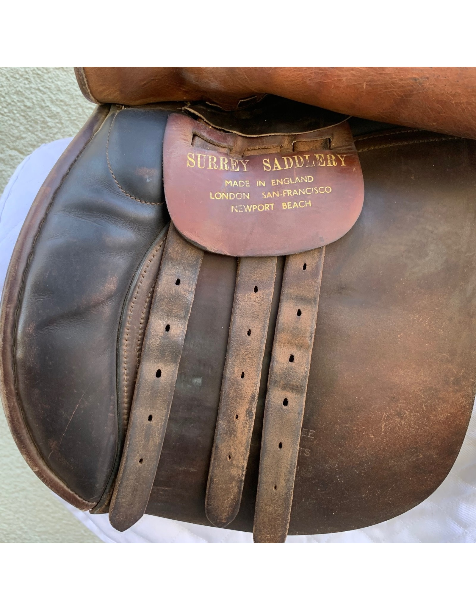 "Surrey Saddlery All purpose Saddle 17"" MW-W with leathers and irons"