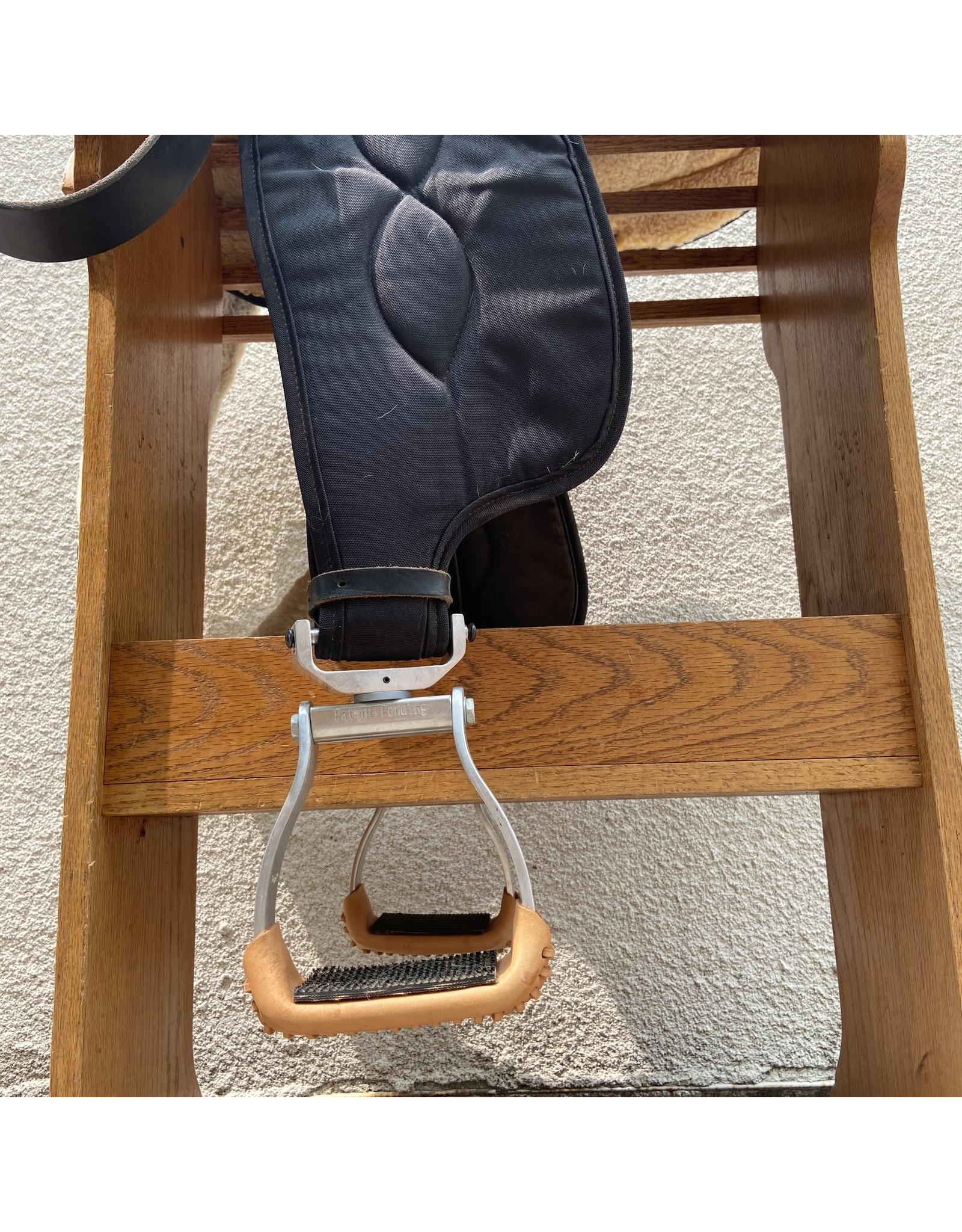"Big Horn Black Synthetic Western Saddle 16.5"" Seat SQHB"