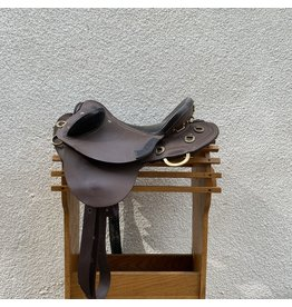 "Australian Saddle by Poley Fox 15.5"" Seat Medium Tree"
