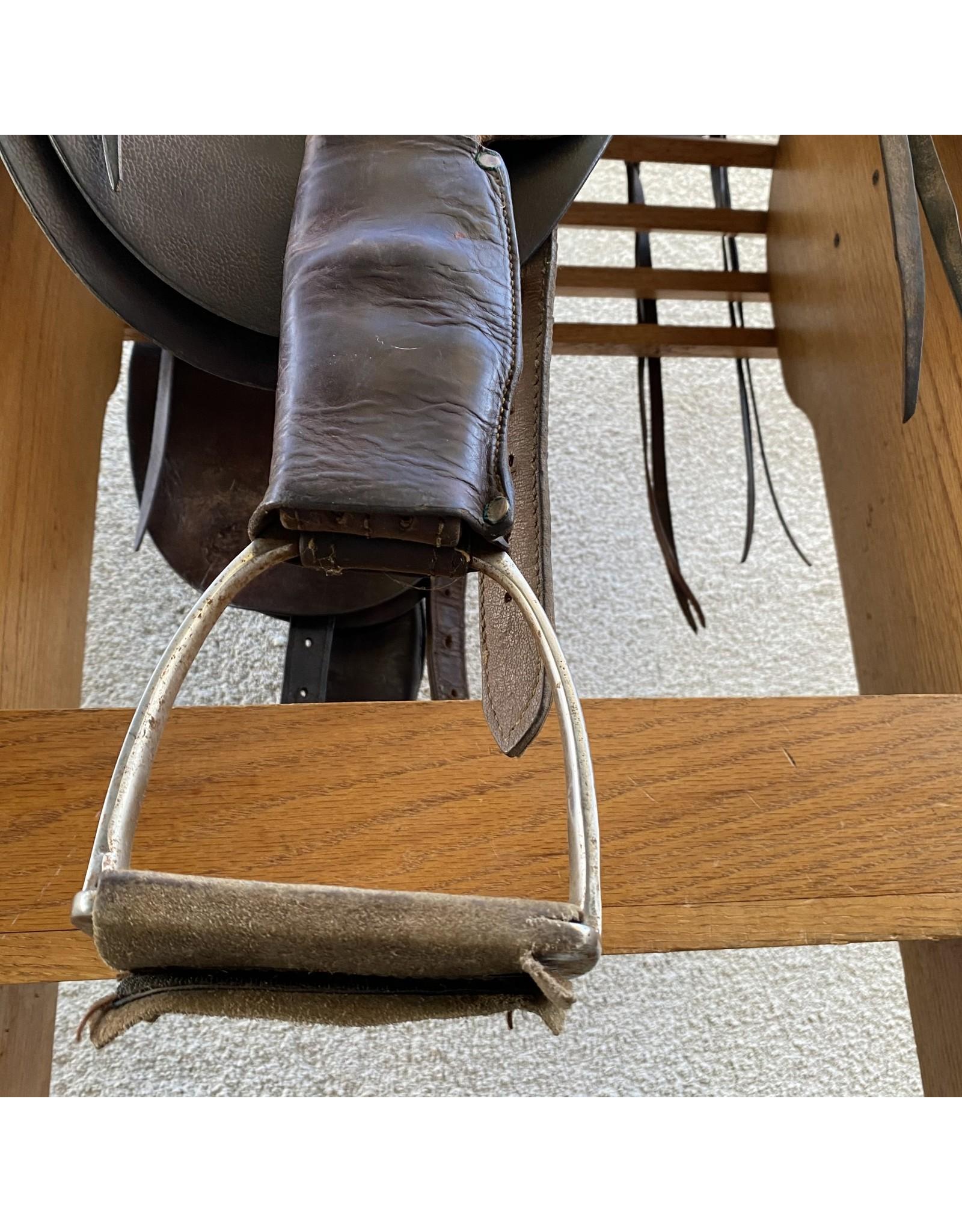 """Australian Stock Saddle 16"""" Seat MW"""