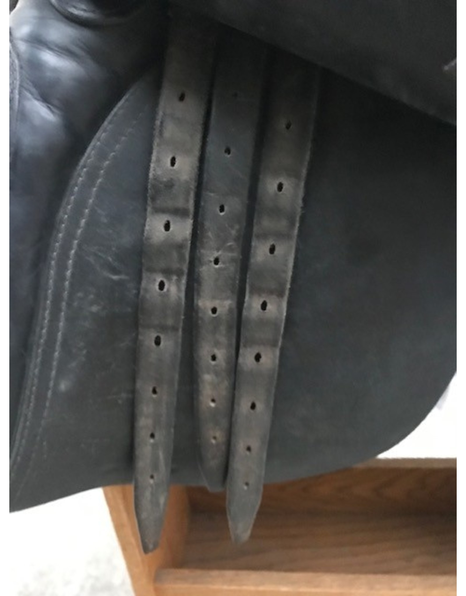 "Jefferie's Dressage Saddle 16.5"" Medium Tree"
