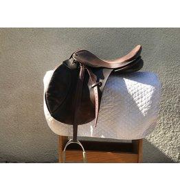 """Ideal 17"""" English saddle w/Leathers & Irons"""