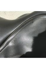 "Wintec 500 Dressage Saddle XCH (medium installed) 17.5"""