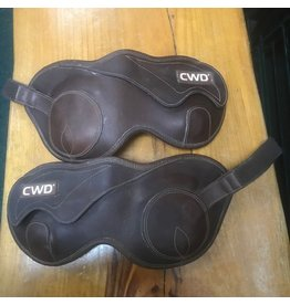 CWD  hind boot Large